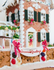 Gingerbread_Lane_2012_013-1